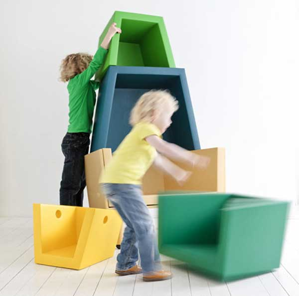 childrens-stacking-throne