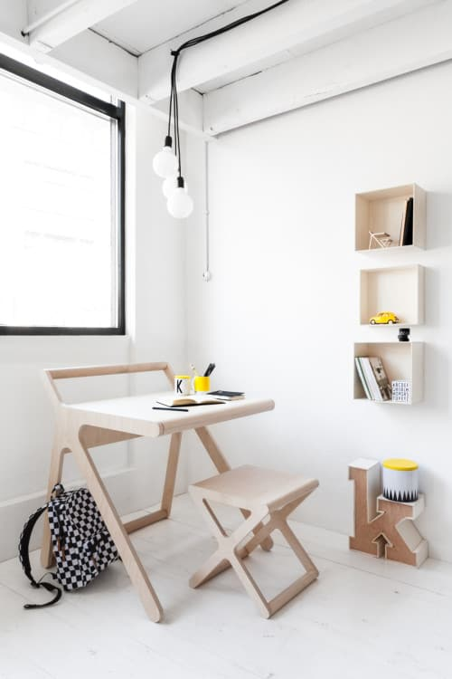 Peachy K Desk A Kids Desk With Multipurpose Lid Vurni Gmtry Best Dining Table And Chair Ideas Images Gmtryco