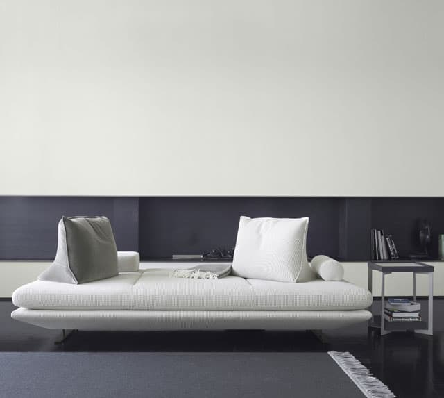 Prado-Sofa-with-movable-cushions