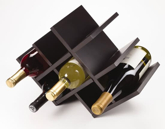 butterfly-wine-rack-kamenstein