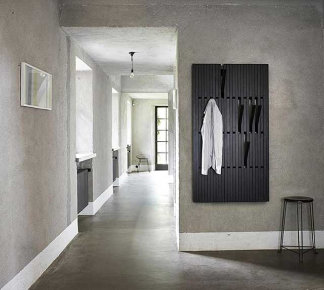 Piano-clothing-rack