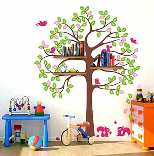 Shelving-Tree-with-squirrels