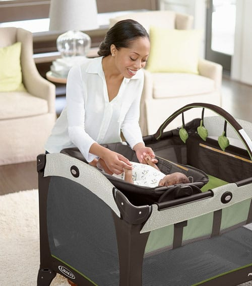 graco-pack-n-play-playard-with-reversible-napper-changer
